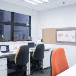 04a12_Office room