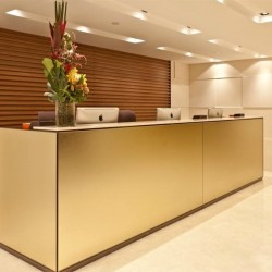 13E05_HK_BUSINES_CENTRE_SERVICED_OFFICE