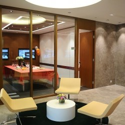 Lounge area. Modern design with superb office furniture. (Cheung Kong Center)