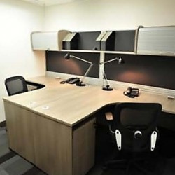 Room of business center. Double workstations. Office furniture provided. Modern design. (Silvercord Tower 2)