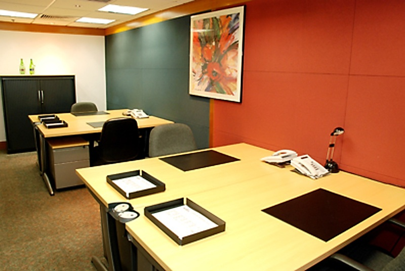 Shared Office & Business Centre In Shui On Centre