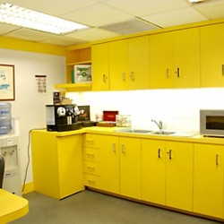 Pantry of business center. Break-out area. Modern design with nice office furniture. Equipped with a microwave oven, water dispenser and coffeemaker. (Shui On Centre)