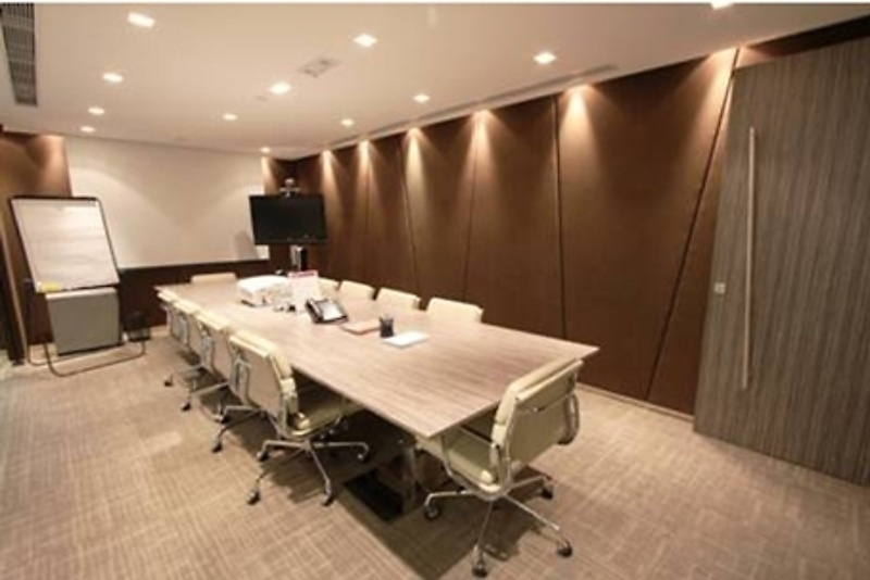 Shared Office Amp Business Centre In Miramar Tower