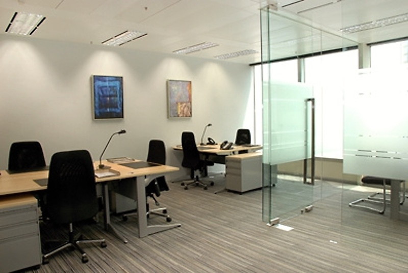 Cool Office Furniture For Removal Sale Hong Kong Island  Image 1