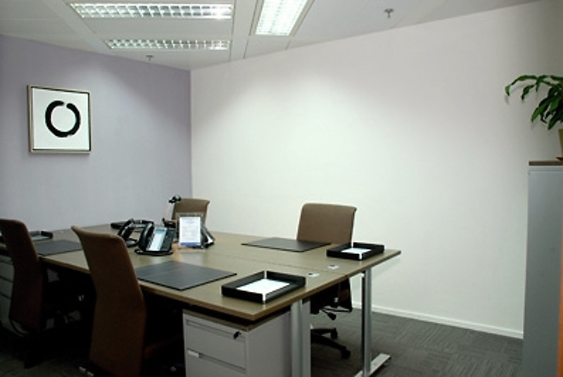 Shared Office Business Centre In The Center Officefinder Hong Kong Serviced Office Space