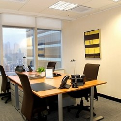 Another room of business center. Multiple workstation. Office furniture provided. Abundant natural light. (Millennium City 1 – Tower 1)