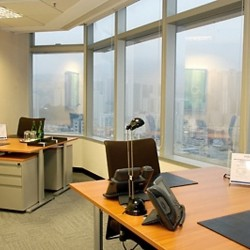 Another room of business center. Multiple workstation. Office furniture provided. Abundant natural light. Central Air-Conditioning. (Millennium City 1 – Tower 1)
