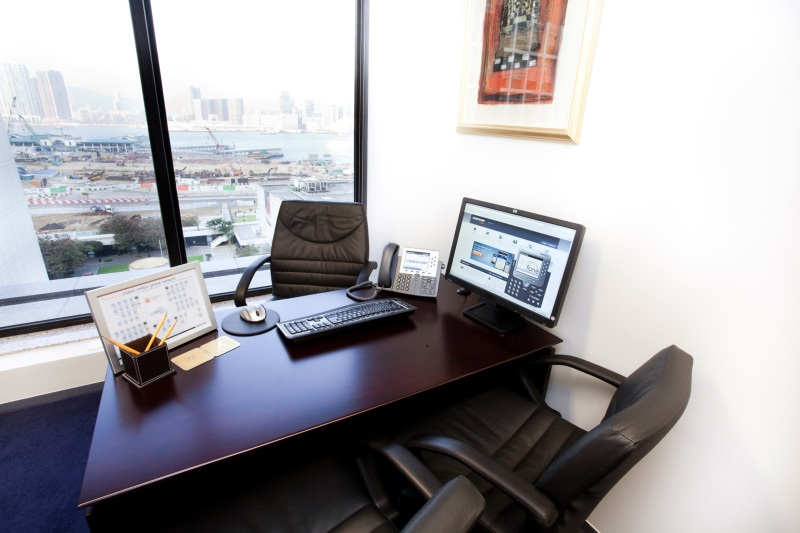 Shared Office Business Centre In Hong Kong Club Building Officefinder Hong Kong Serviced