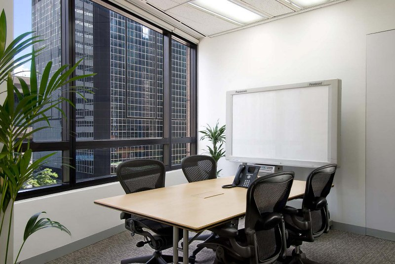 Shared Office Business Centre In Luk Kwok Centre Officefinder Hong Kong Serviced Office