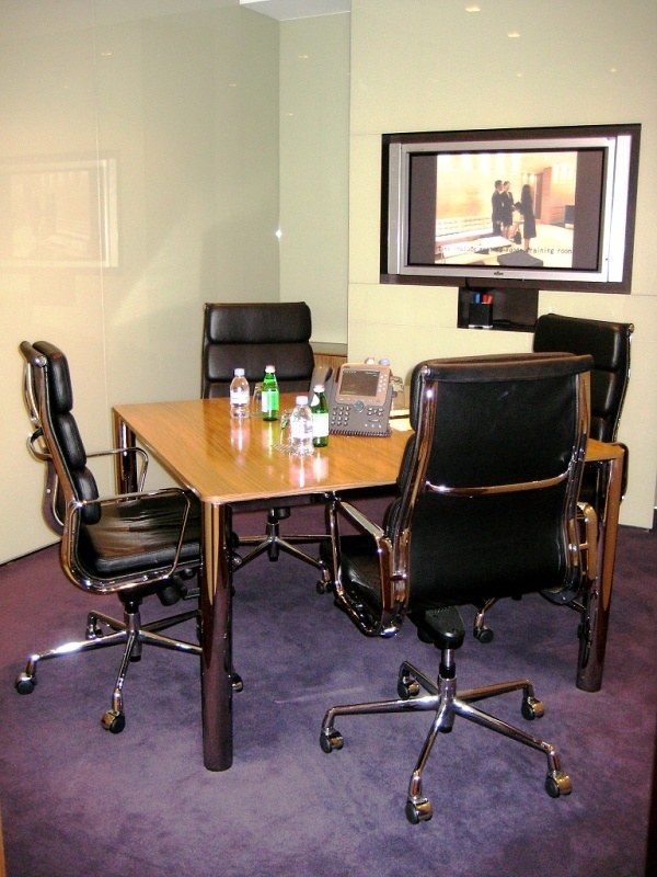 Shared Office Business Centre In Cambridge House Officefinder Hong Kong Serviced Office