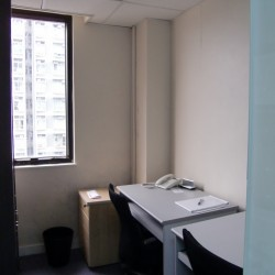 Room of business center. Double workstations. Office furniture provided. Modern design. (On Hong Commercial Building)