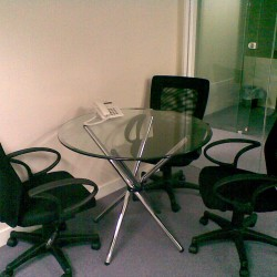 Conference room of business center. Efficient layout. Office furniture of good quality provided. (On Hong Commercial Building)