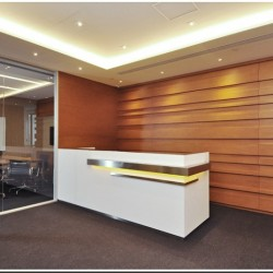 Reception of business center. Spacious layout and stylish design. (Sino Plaza)
