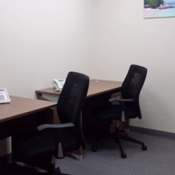 A room of double workstations. Office furniture including cabinet provided. (Kowloon Building)