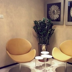 27A08_HK_BUSaLounge area of business center. Chic and edgy design. (Causeway Bay Plaza 2)INES_CENTRE_SERVICED_OFFICE