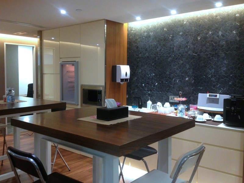 Shared Office Business Centre In The Sun S Group Centre Officefinder Hong Kong Serviced