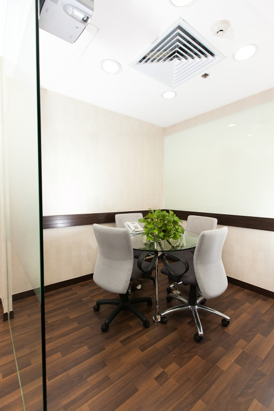 Business Centre In New World Tower 1 Hong Kong Officefinder Hong Kong Serviced Office Space