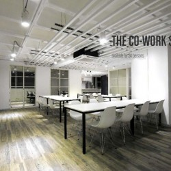 The layout of the office. Efficiently arranged and unconventional design. (King Yip Factory Building)