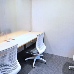 Room of multiple workstations. Equipped with drawers and locks. (Central 88)
