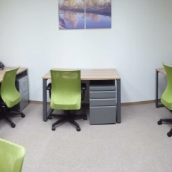 Room of multiple workstations. Office furniture including cabinet provided. (Silver Fortune Plaza)