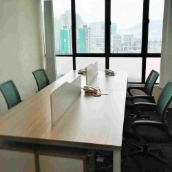 42A24-Large meeting rooms in business centre.