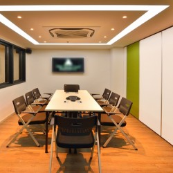 42b_11_meeting room